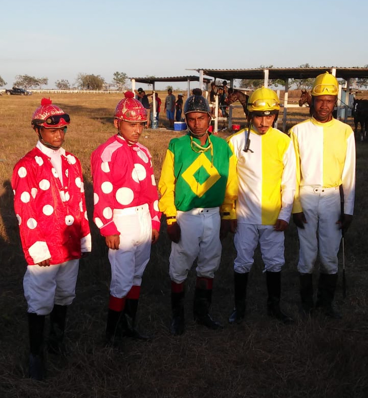 https://horseracingbelize.com/Digi Speed It Stakes Jockeys